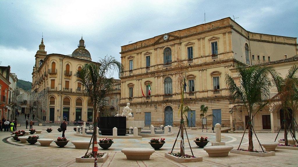 piazza_fonte_diana_comiso_visit_vigata_commissario_montalbano