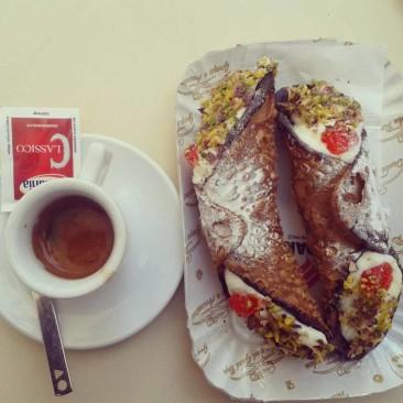 cannolo_siciliano_scicli_ricotta