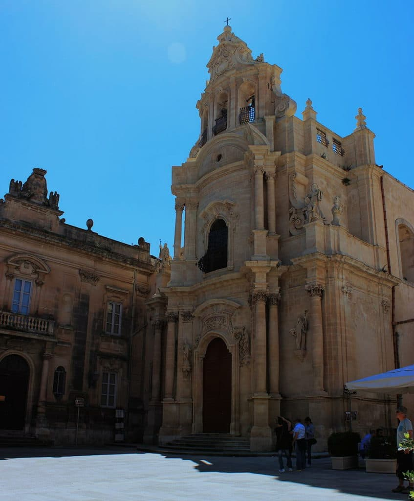 ragusa_ibla_piazza_pola_chiesa_san_giuseppe