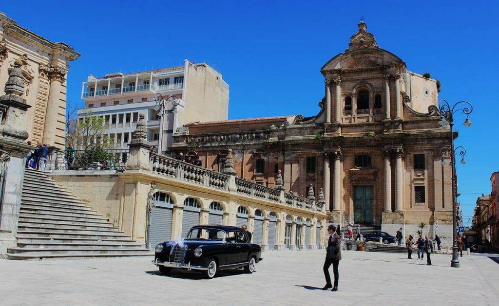 ragusa_piazza_san_giovanni_cattedrale