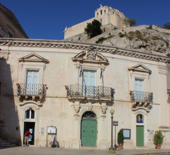 Palazzo Iacono, questura del commissario Montalbano