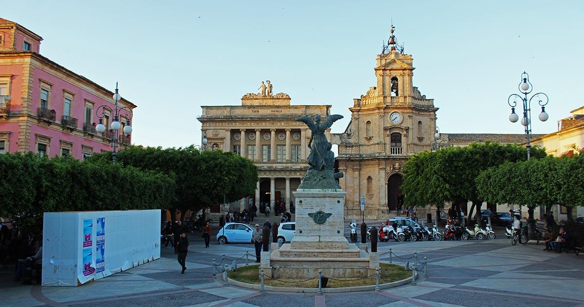 teatro_comunale_vittoria_santa_maria_delle_grazie_chiesa_visit_vigata