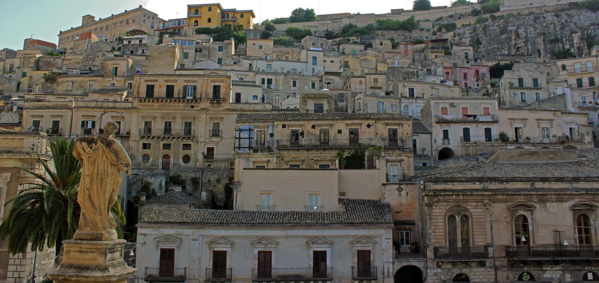 modica_quartiere_cartellone