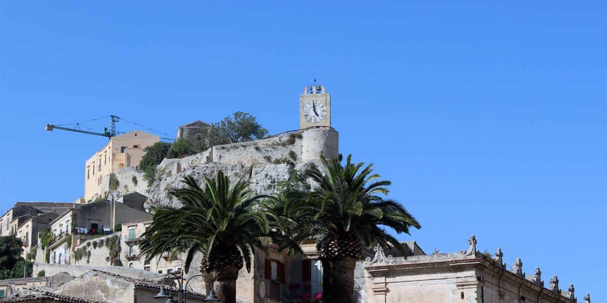 castello_conti_modica