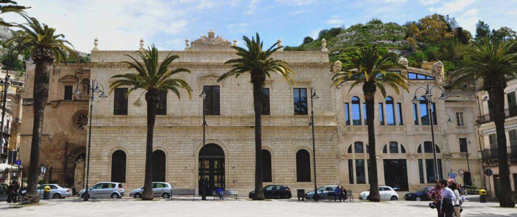 modica_convento_carmine_piazza_matteotti