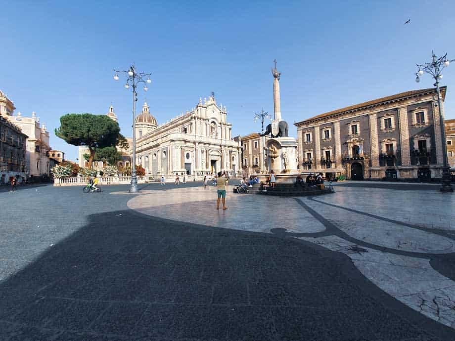 catania_piazza_duomo_cattedrale
