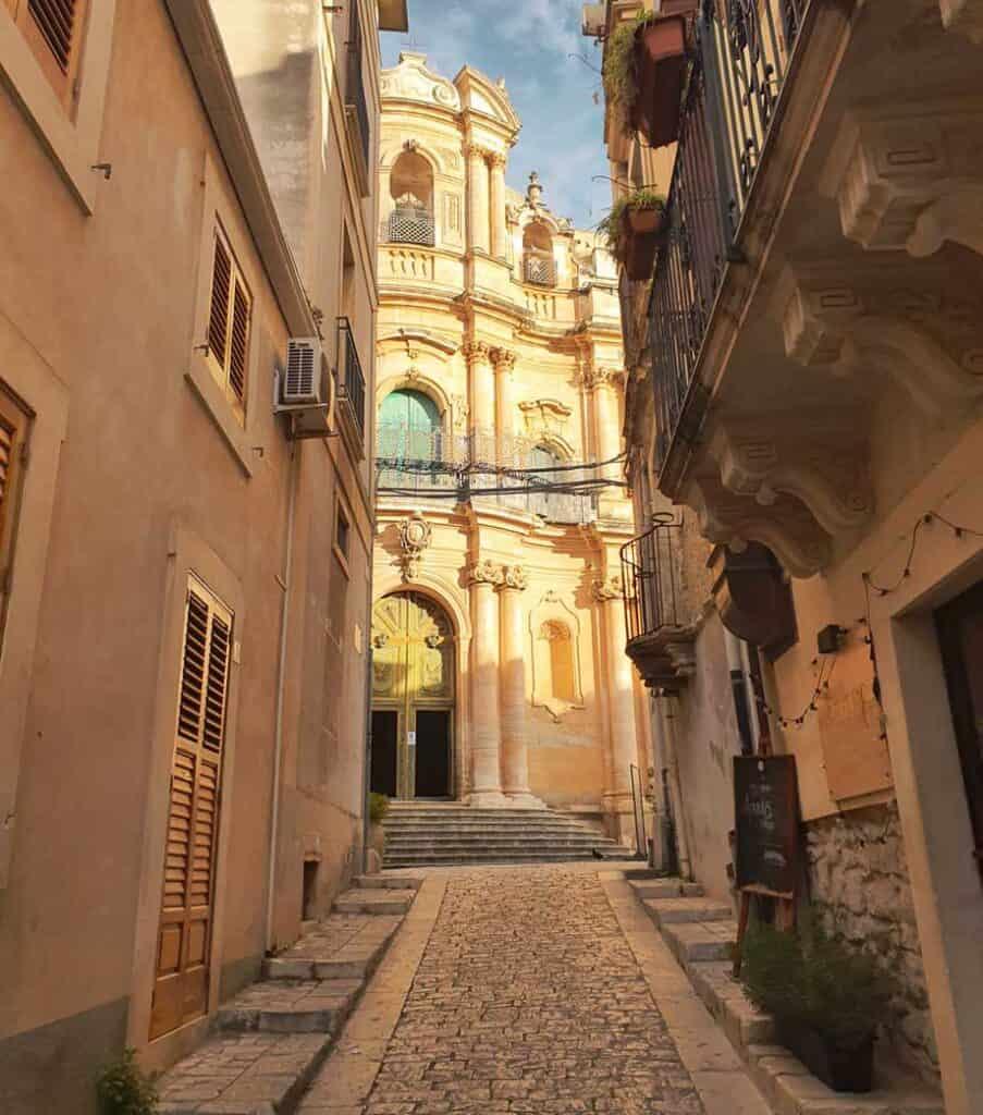 Scicli_San_Giovanni_chiesa